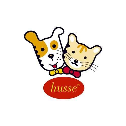 Le logo de la marque de croquettes pour chiens et pour chats Husse. Il s'agit d'une référence client d'Antoine Chadufau.