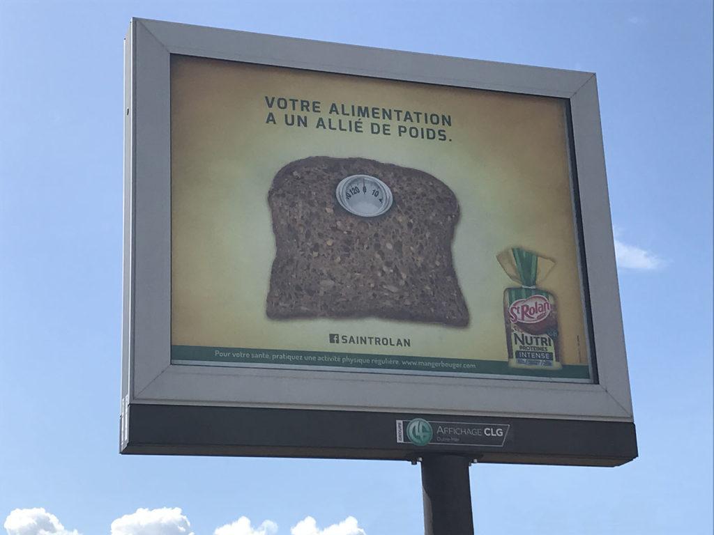 Publicité pour le pain de mie Nutri Protéines de la marque réunionnaise Saint-Roland